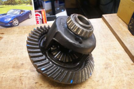 Diff Gear Assembly W/Ring Gear,43 Tooth,No Pinion,Used